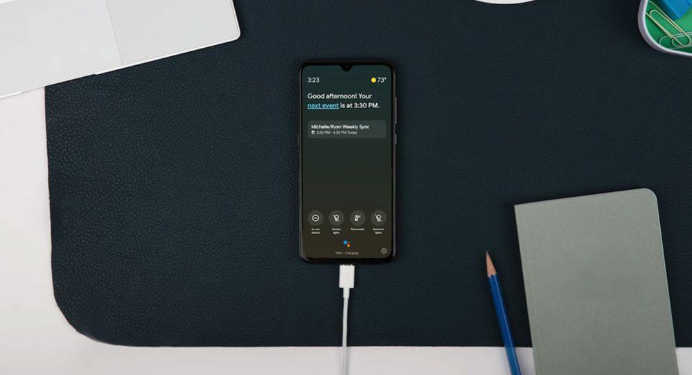 Anímate y pon en marcha esta funcionalidad. Fuente: Xataka Android (https://www.xatakandroid.com/tutoriales/ambient-mode-google-assistant-empieza-a-llegar-a-algunos-moviles-android-asi-funciona)