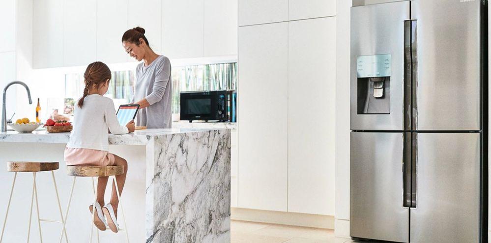 La integración de la inteligencia artificial en el hogar es ya una realidad. Fuente: Samsung (https://www.samsung.com/uk/discover/tv/turn-your-home-into-a-smart-home/)
