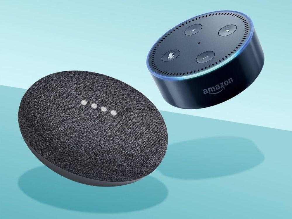 Una batalla muy reñida. Fuente: bipHoo. (https://www.biphoo.com/bipnews/technology/amazon-echo-dot-vs-google-home-mini-ok-google-say-hi-to-alexa.html)