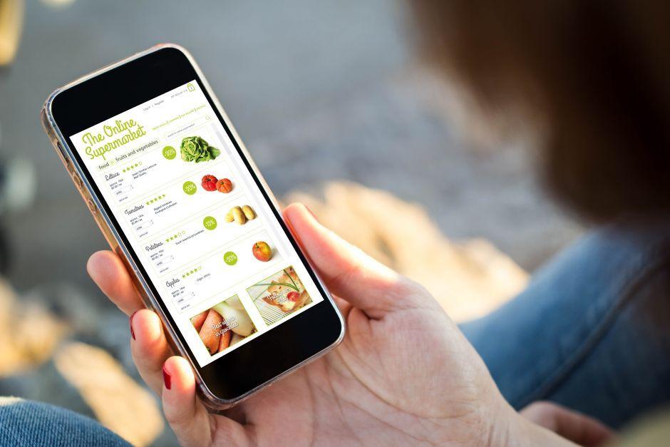 ¿Le has encargado ya alguna compra a tu Google Home? Fuente: La Opinión. (https://laopinion.com/guia-de-compras/5-aplicaciones-que-te-devuelven-dinero-cuando-haces-tus-compras/)