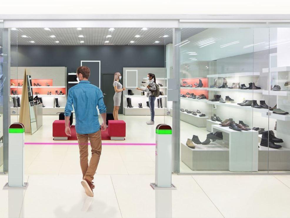 La nueva normalidad pasará por semáforos a la entrada de los establecimientos. Fuente: Casa Domo (https://www.casadomo.com/2020/06/22/semaforo-inteligente-control-aforo-tiendas-tiempo-real)