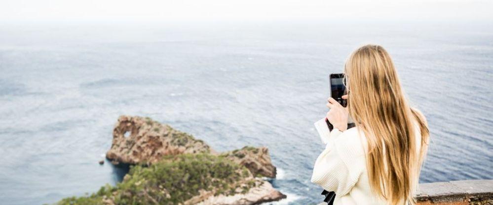 Deja todo en manos de tu asistente inteligente. Fuente: El Blog de Google (https://www.blog.google/products/maps/let-google-be-your-holiday-travel-tour-guide/)