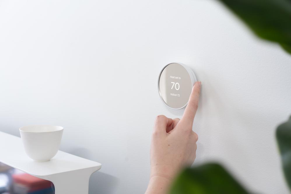 Una década combinando comodidad y estilo. Fuente: El Blog de Google (https://blog.google/products/google-nest/new-nest-thermostat-energy-savings/)
