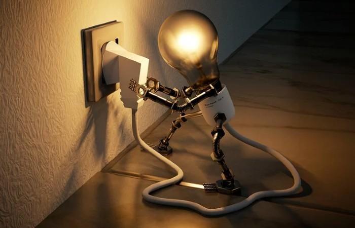 Domótica como solución para bajar la factura de la luz. Fuente: Concepto definición (https://conceptodefinicion.de/electricidad/)